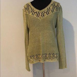 Classy and chic BCBG sweater M